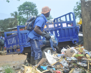Liberia: the huge fight of a small country against poor waste management